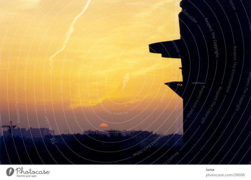 Sunrise Sky City Summer Clouds Building Orange Concrete Horizon Monument War Vienna Oversleep