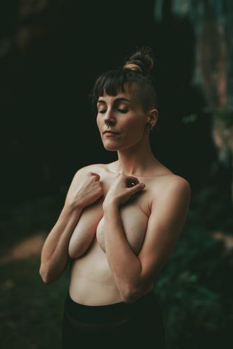 Topless woman covering breast Woman topless Ritual Stand Naked Harmonious Inspiration Posture eyes closed Beautiful Loneliness Peace Calm Idyll Delicate Body