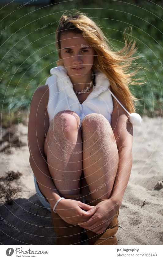 sandgirl (V) Human being Young woman Youth (Young adults) Woman Adults Life 1 18 - 30 years Nature Sand Summer Beautiful weather Bushes Beach Fashion Jewellery