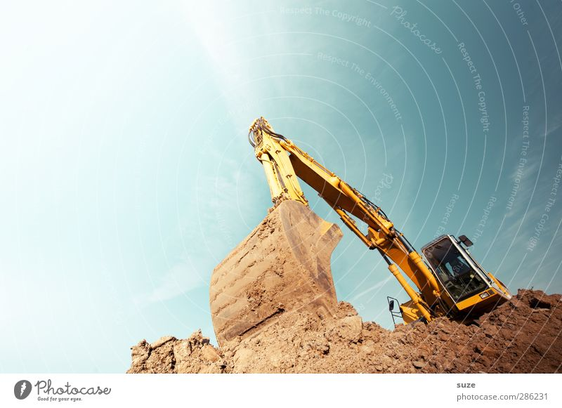 Sky Blue Yellow Environment Metal Brown Work and employment Earth Beautiful weather Elements Construction site Industry Services Workplace Excavator Tracked vehicle