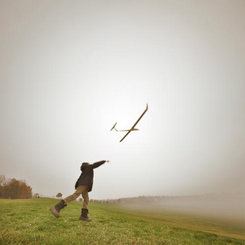 above the clouds Lifestyle Leisure and hobbies Playing Human being Child Boy (child) Infancy 1 3 - 8 years Environment Nature Landscape Air Autumn Fog Flying