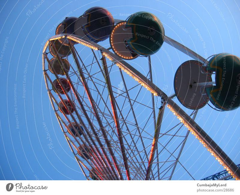 dwarf wheel Ferris wheel Fairs & Carnivals Amusement Park Rotate Round Leisure and hobbies Sky Light Hanse Sail