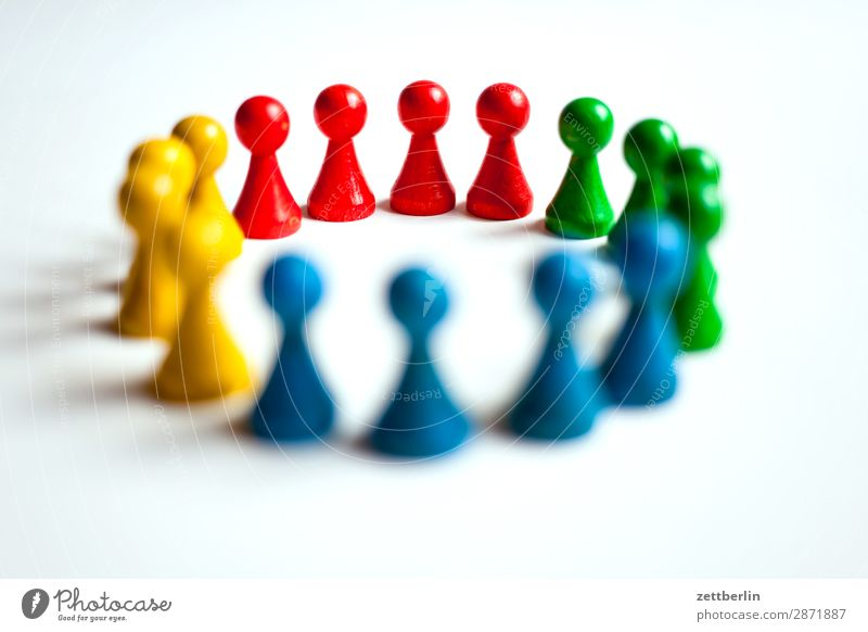 pawns Classification Multicoloured Versatile Colour Figure Structures and shapes Formation Multiple Group Group of children Argument Circle Sports team Deserted