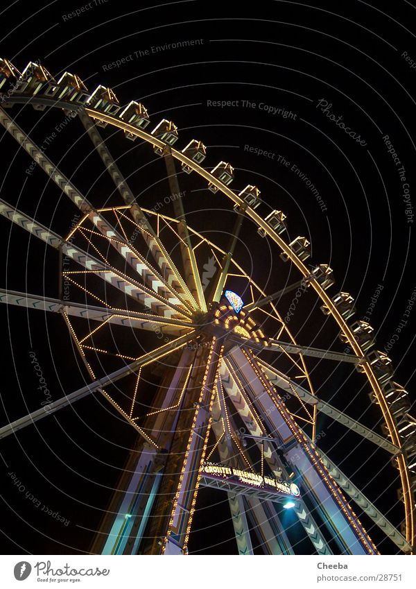 Ferris wheel Fairs & Carnivals Large Round Night Dark Steel Colossus Tall Light Level