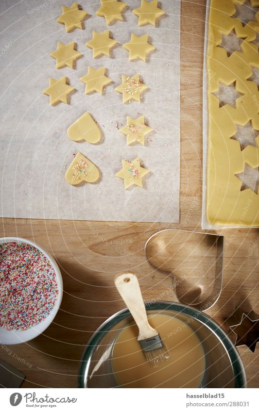 Christmas bakery biscuits Dough Baked goods Candy Nutrition Organic produce Joy Happy Christmas & Advent To enjoy Cookie cookie cutter Yolk Paintbrush Granules