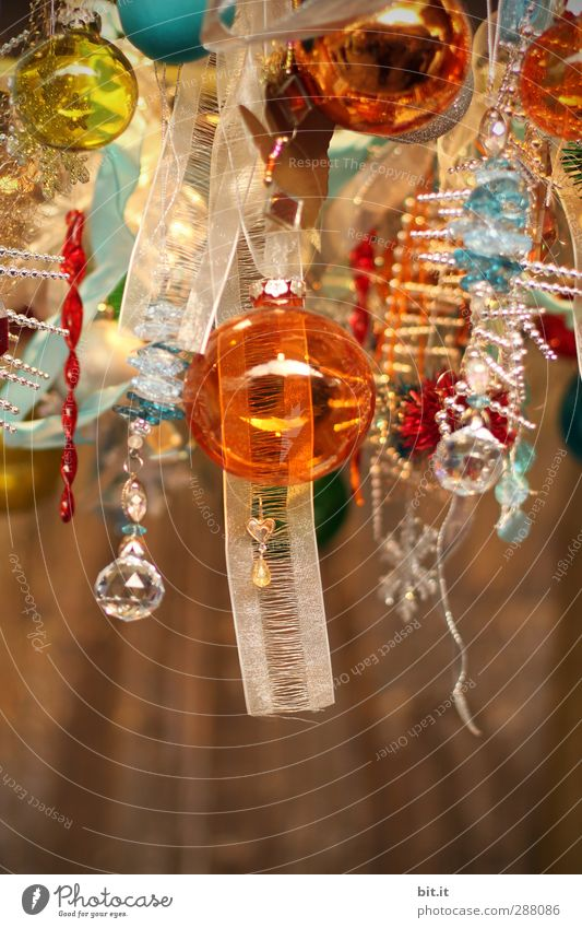 Christmas & Advent Above Wood Feasts & Celebrations Gold Glittering Glass Decoration String Kitsch Christmas tree Sphere Wooden board Hang Glitter Ball