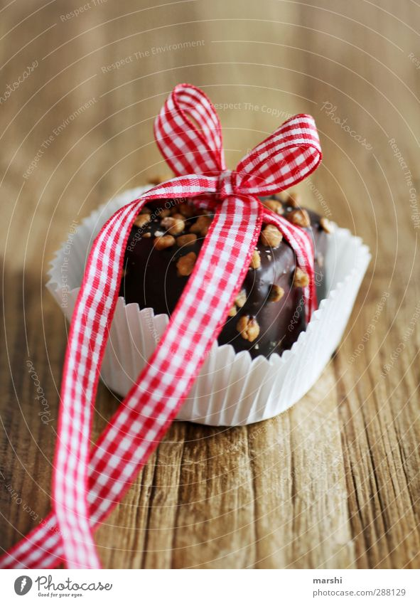 Christmas & Advent Beautiful Eating Food Contentment Nutrition Shopping Sweet Gift Candy Chocolate Checkered Dessert Packaging Bow Alluring