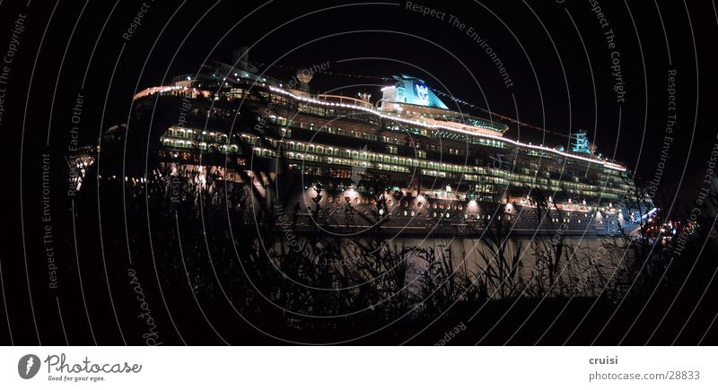 Water Vacation & Travel Watercraft Navigation Cruise Parking level Steamer Cruise liner Luxury liner