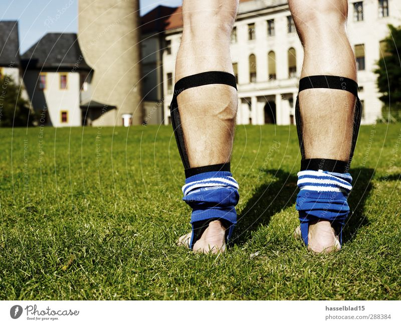 football show Club Disco Sports Sports team Chest Water Town Castle Pants To hold on Fitness Naked Green Foot ball Legs Team shinbone Skin Lawn Practice workout