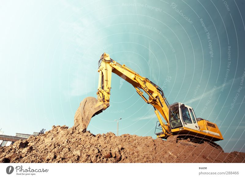 Sky Blue Yellow Environment Metal Brown Work and employment Earth Dirty Beautiful weather Elements Construction site Industry Services Cloudless sky Workplace