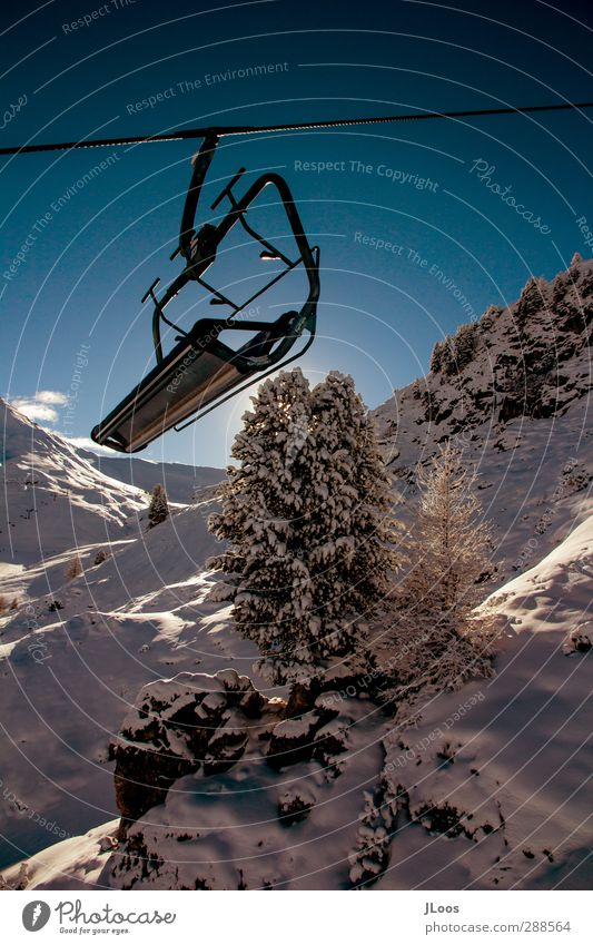 Chairlift/Íschgl Nature Sky Cloudless sky Sun Winter Snow Cool (slang) Free Fresh Blue Multicoloured Black White Adventure Loneliness Energy Stagnating