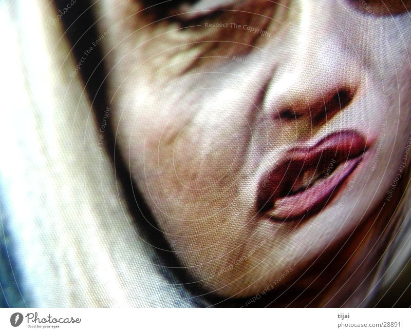 tv makes the superstar Screenshot Blonde Nightmare Woman Television Distorted Face plastered with make-up
