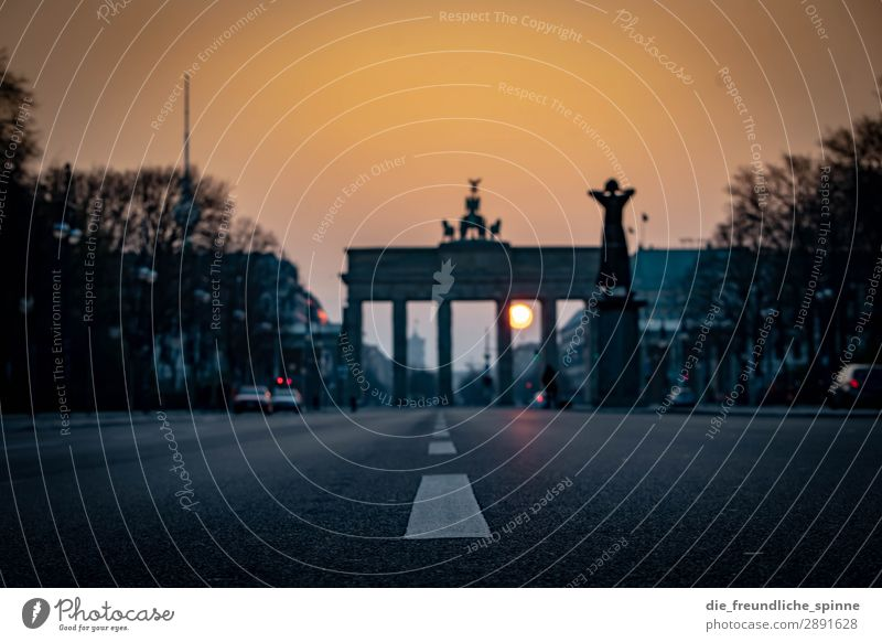 Morning sun in Berlin II Cloudless sky Sun Sunrise Sunset Sunlight Spring Germany Europe Town Capital city Downtown Tourist Attraction Landmark Monument