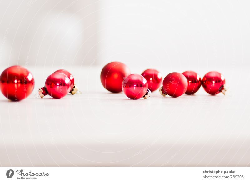 rum balls Christmas & Advent Kitsch Odds and ends Glass Red Glitter Ball Christmas decoration Colour photo Interior shot Close-up Detail Deserted Copy Space top
