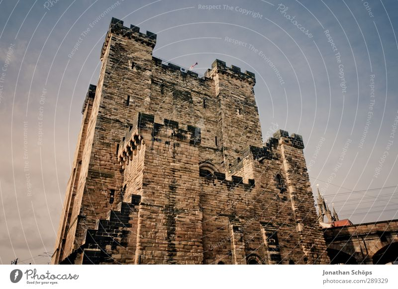 Newcastle England Great Britain Town Old town Castle Manmade structures Building Architecture Wall (barrier) Wall (building) Mysterious Masonry English