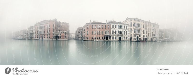 v e n e d i g Bad weather Fog River bank Town Old town Skyline House (Residential Structure) Facade Tourist Attraction Dark Tourism Venice Italy Canal Grande