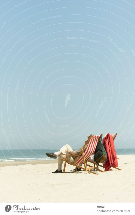 Human being Nature Vacation & Travel Old Summer Ocean Beach Calm Relaxation Life Senior citizen Feminine Sand Couple Masculine Leisure and hobbies