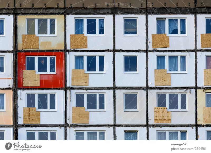 flat Magdeburg Germany Saxony-Anhalt Europe Town Downtown Deserted House (Residential Structure) Building Facade Balcony Window Old Hideous Gray