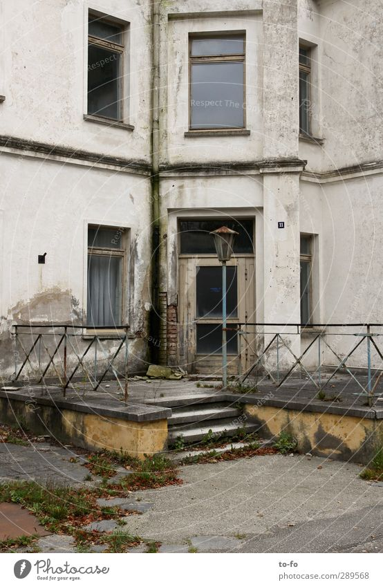 spa hotel Heiligendamm Deserted House (Residential Structure) Manmade structures Building Architecture Stairs Facade Door Lamp Handrail Old Poverty Broken