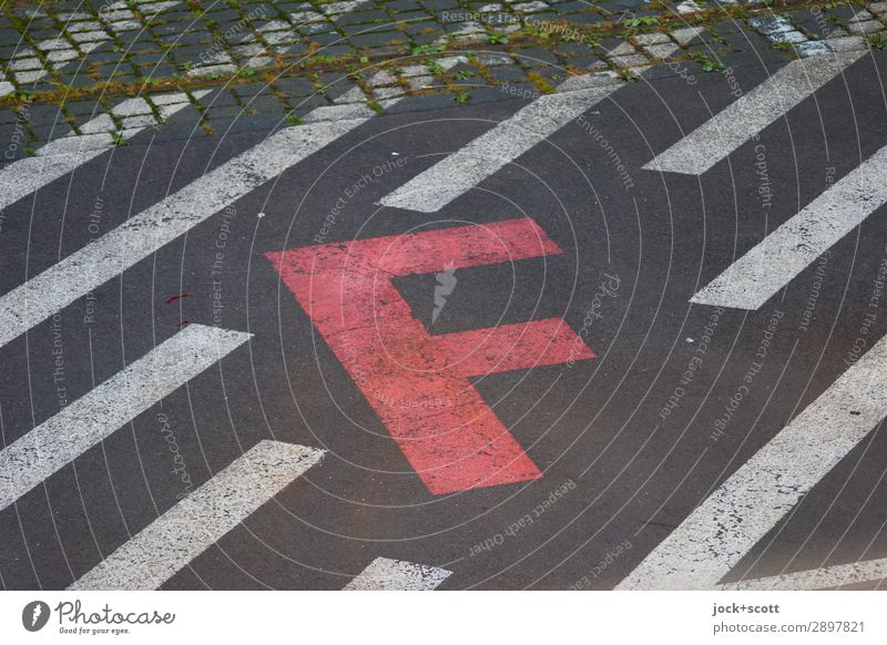 Area on the asphalt Traffic infrastructure Characters Signs and labeling Line Stripe Sharp-edged Firm Red Acceptance Conscientiously Orderliness Design