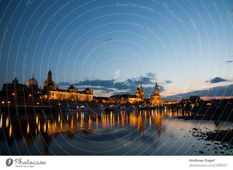 Where the heart beats Nature River Elbe Dresden Town Downtown Old town Skyline Tourist Attraction Landmark Exceptional Fantastic Historic Beautiful Blue Yellow