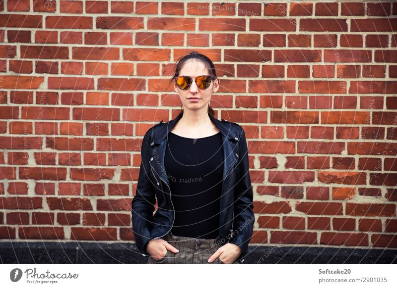 Woman with sunglasses Human being Feminine Young woman Youth (Young adults) Adults 18 - 30 years House (Residential Structure) Esthetic Beautiful Self-confident