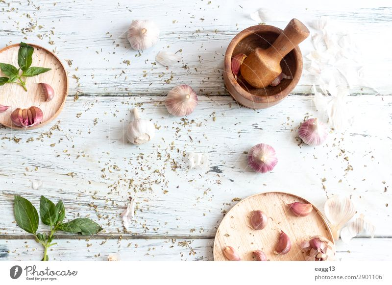 View of several heads of garlic, prepared for cooking Food Vegetable Herbs and spices Nutrition Eating Vegetarian diet Diet Life Kitchen Nature Plant Fresh