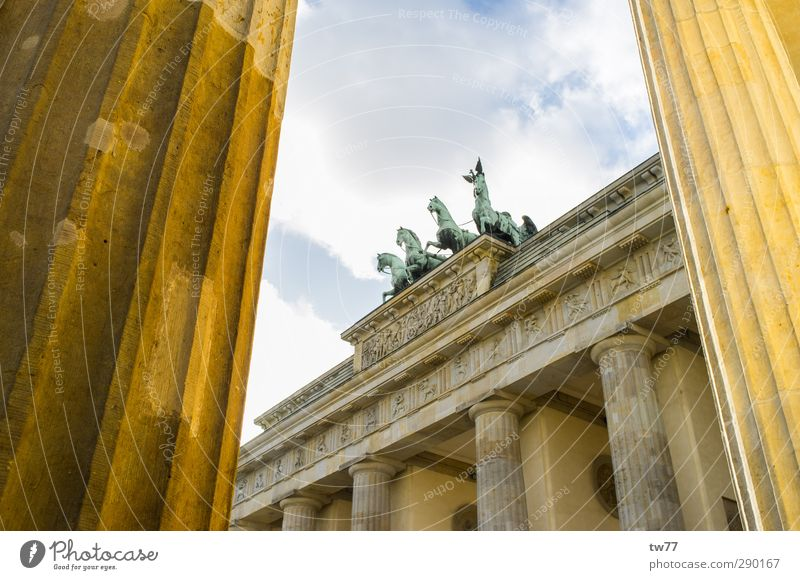 Brandenburg Gate Vacation & Travel Tourism Sightseeing City trip Politician Work of art Berlin Germany Europe Town Capital city Downtown Manmade structures