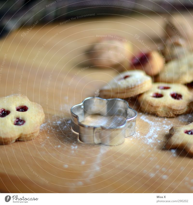 out Food Dough Baked goods Jam Nutrition Delicious Sweet Cookie Christmas & Advent Christmas biscuit Baking tin Colour photo Close-up Deserted