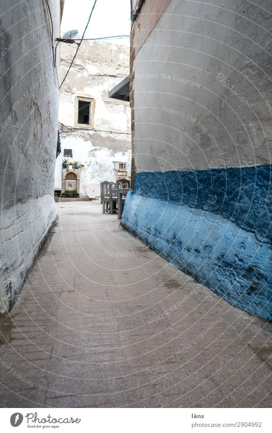 old town alley Living or residing Flat (apartment) Essaouira Morocco Africa House (Residential Structure) Wall (barrier) Wall (building) Facade Transport