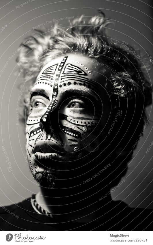 war paint Masculine Young man Youth (Young adults) Hair and hairstyles Face Eyes 1 Human being Necklace Wild Black Bodypainting Facial painting Acrylic paint