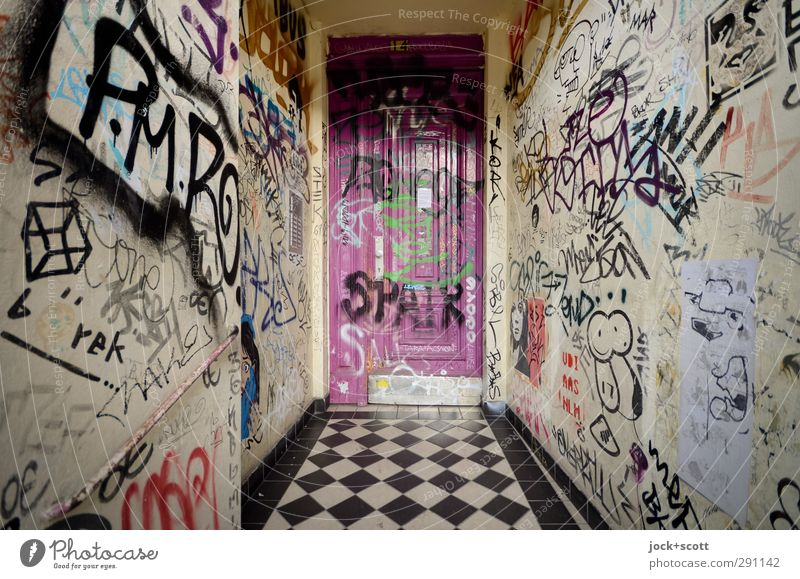 Graffiti is addictive Youth culture Subculture Kreuzberg Town house (City: Block of flats) Wall (building) Entrance Front door Exceptional Authentic