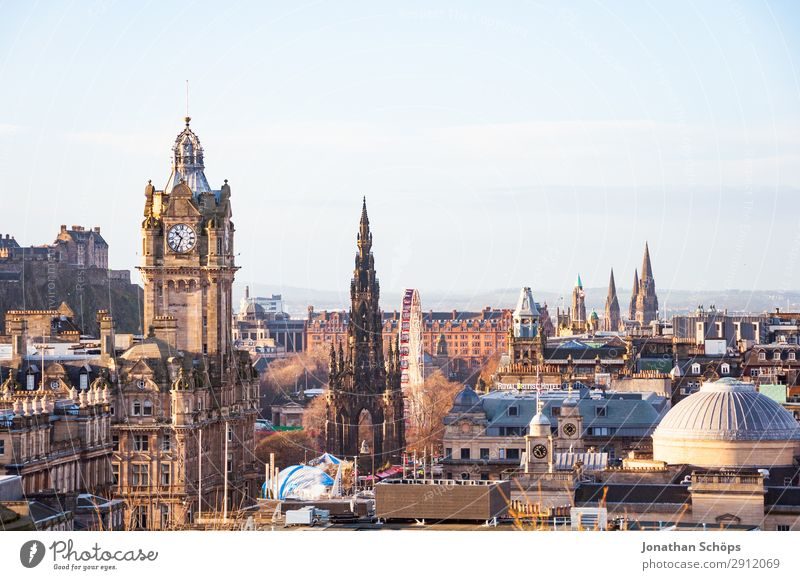 View of Balmoral, Scott Monument, Edinburgh Castle Tourism Capital city Downtown Old town Skyline Populated Overpopulated Tower Famousness Vantage point