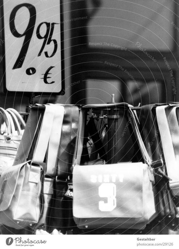 ninety-nine Bag 9 Price tag Cheap Offer Handbag Pedestrian precinct Formulated Leisure and hobbies Euro 9.95 € Black & white photo goods stand