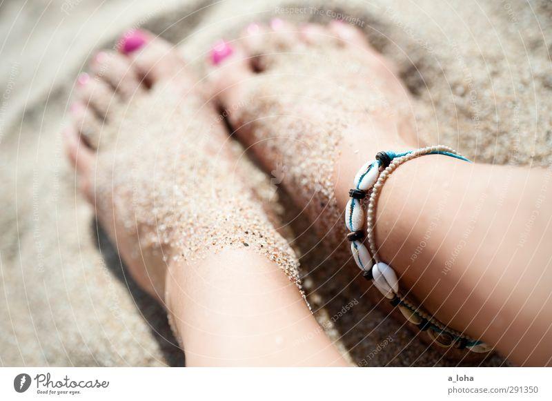 Beautiful Summer Naked Feminine Sand Feet Pink Touch Hip & trendy Jewellery Barefoot Wanderlust Accessory Nail polish Snail shell Pedicure