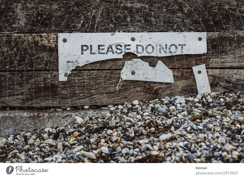 Vacation & Travel Beach Wood Coast Gray Leisure and hobbies Characters Signs and labeling Authentic Broken Bans Pebble Gravel beach