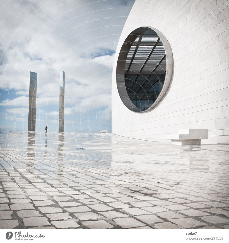 IIO Human being 1 Places Manmade structures Architecture Facade Elegant Gigantic Modern Round Town Blue White Design Future Lisbon Subdued colour Exterior shot