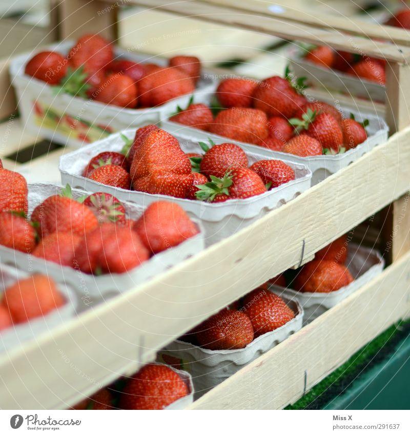 Red Healthy Fruit Food Fresh Nutrition Sweet Delicious Organic produce Berries Juicy Strawberry Vegetarian diet Fruit store Box of fruit