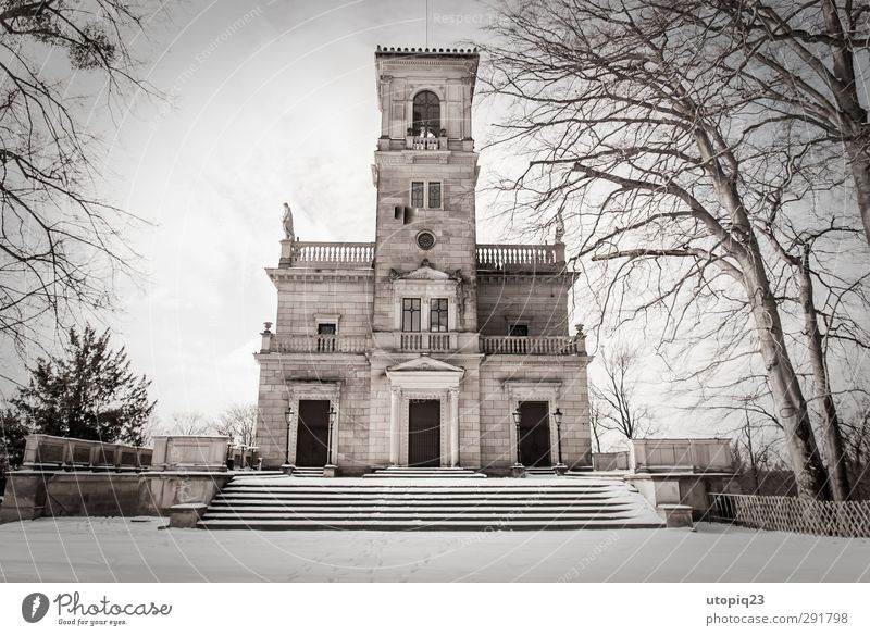 Winter Window Snow Architecture Park Facade Stairs Tourism Living or residing Wedding Tower Culture Manmade structures Dresden Tradition Terrace