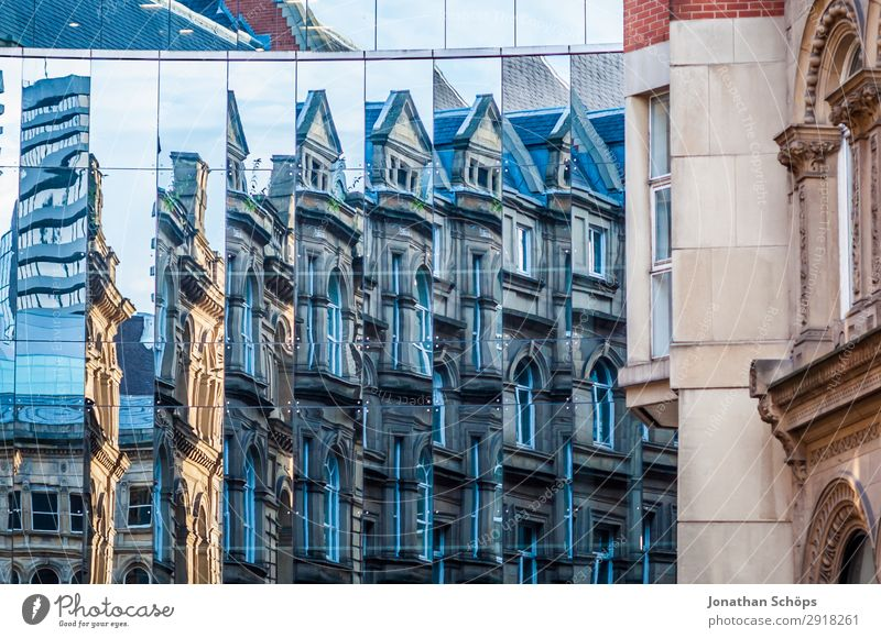 Glass facade with reflection in Leeds, England Town Downtown Manmade structures Building Architecture Facade Esthetic Great Britain leeds Reflection Glas facade