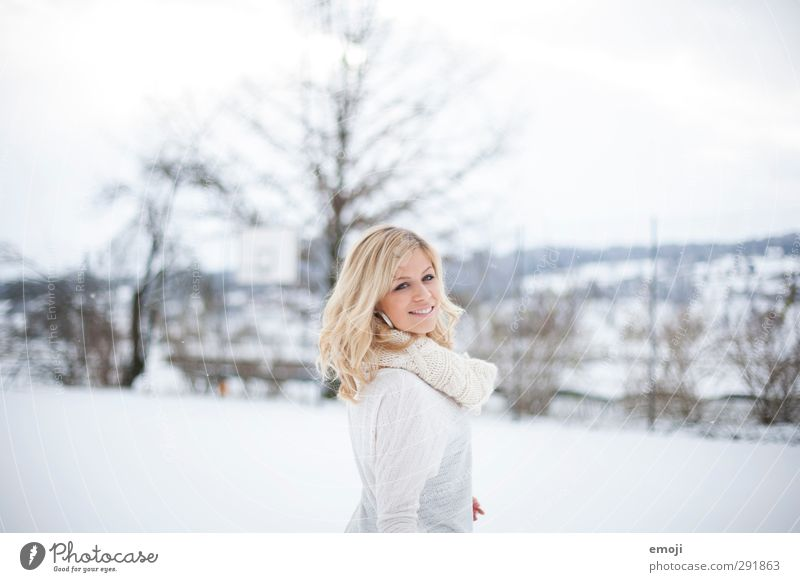 smile, it confuses the people Feminine Young woman Youth (Young adults) 1 Human being 18 - 30 years Adults Winter Snow Bright Beautiful White Smiling Happiness