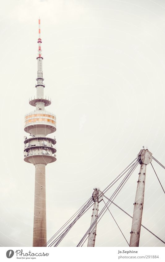 City Architecture Gray Tall Communicate Gloomy Tower Munich Manmade structures Landmark Surrealism Tourist Attraction Television tower