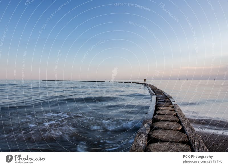 Sky Nature Summer Water Landscape Ocean Loneliness Far-off places Autumn Spring Horizon Waves Europe Power Beautiful weather Lakeside