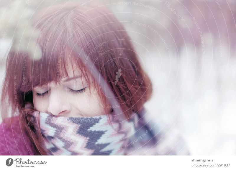 snuggle Beautiful Feminine Young woman Youth (Young adults) Face 1 Human being 18 - 30 years Adults Nature Winter Snow Scarf Brunette Red-haired Relaxation