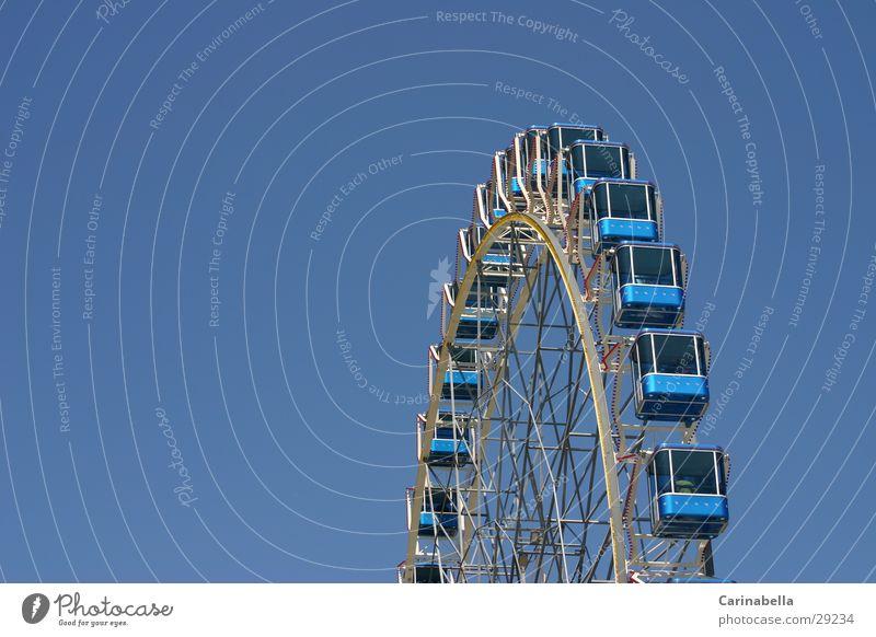 Ferris wheel Amusement Park Leisure and hobbies Sky Driver's cab Blue fun