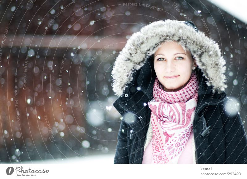 Human being Youth (Young adults) Beautiful Winter Face Young woman Adults Eyes Cold Snow Life Feminine 18 - 30 years Head Style Snowfall