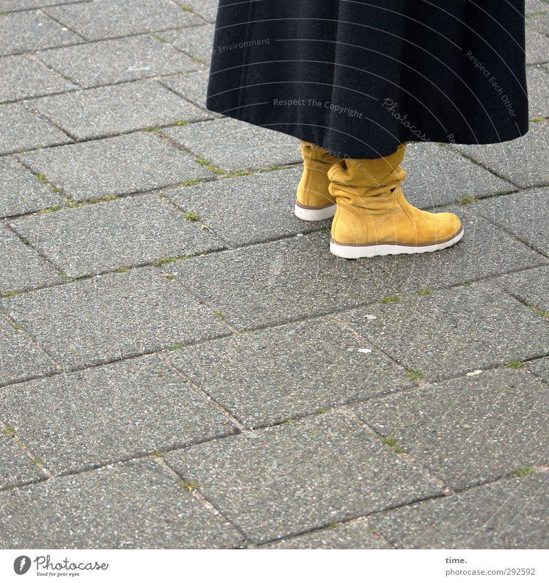 Marlene Human being Feet Lanes & trails Stone slab Coat Boots Elegant Town Feminine Conscientiously Serene Calm Flexible Orderliness Esthetic Center point