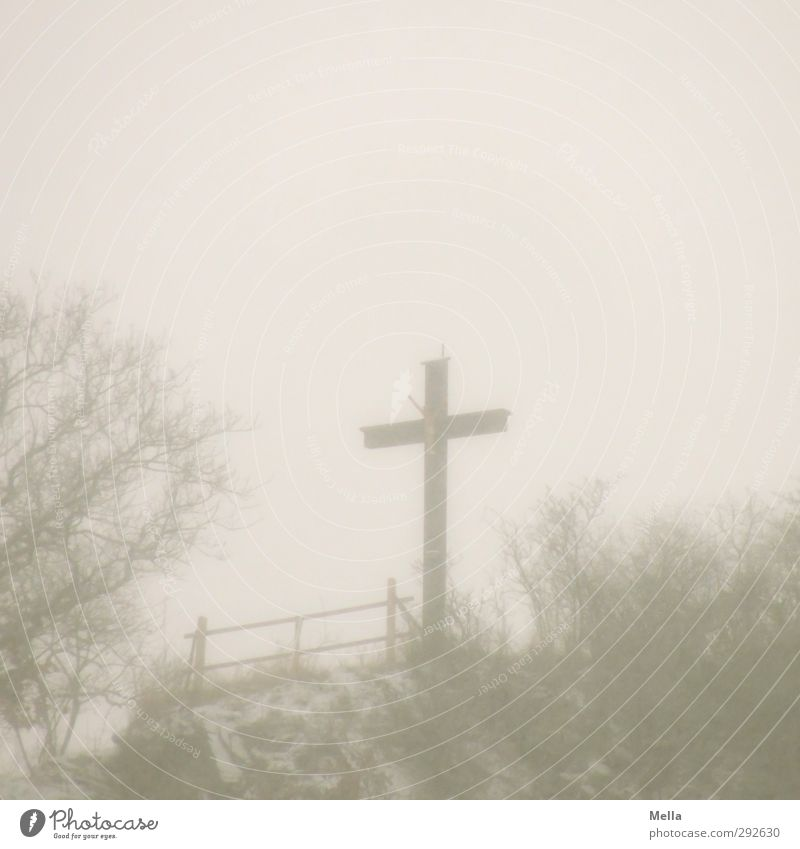 Good Friday Funeral service Remembrance Sunday Sculpture Culture Environment Landscape Autumn Winter Fog Snow Crucifix Sign Gloomy Gray Calm Belief Sadness