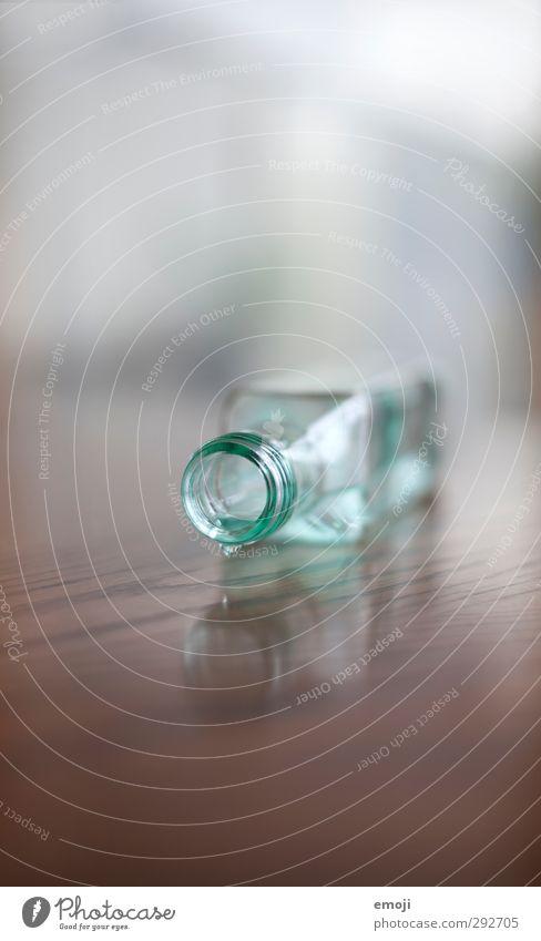 Blue Drinking water Beverage Fluid Bottle Cold drink Closure Glassbottle