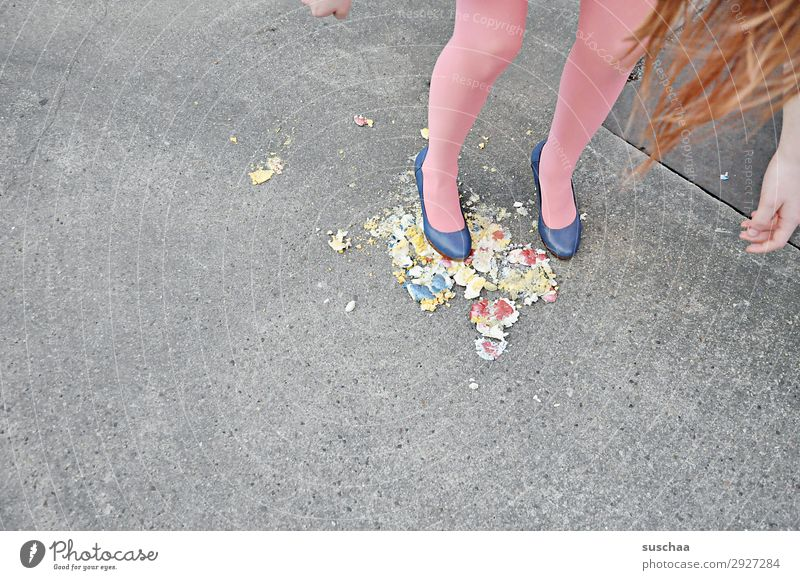 Easter is around Dirty Broken Easter egg feet Legs High heels Girl Youth (Young adults) Young woman Stupid Malodorous Crazy Hair and hairstyles Eggshell